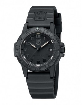 Reloj Luminox Leatherback 39 Black Out LX0301.BO