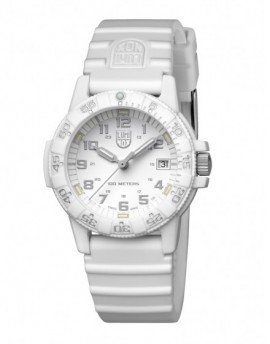 Reloj Luminox Leatherback 39 White Out LX0307.WO