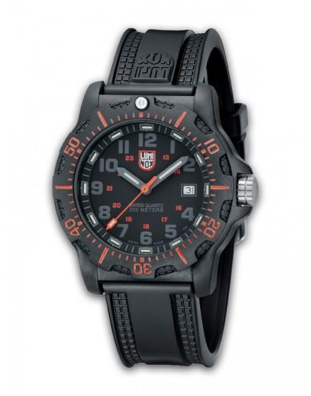 Reloj Luminox Black Ops Carbon 8815